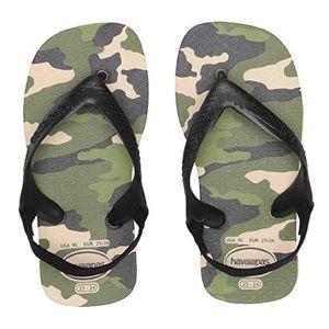 NWT havaianas size 5 camp flip flops